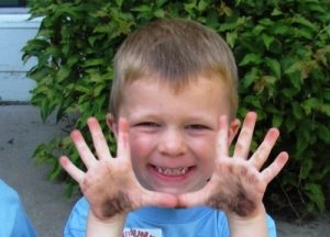 Болезнь передается через грязные руки
